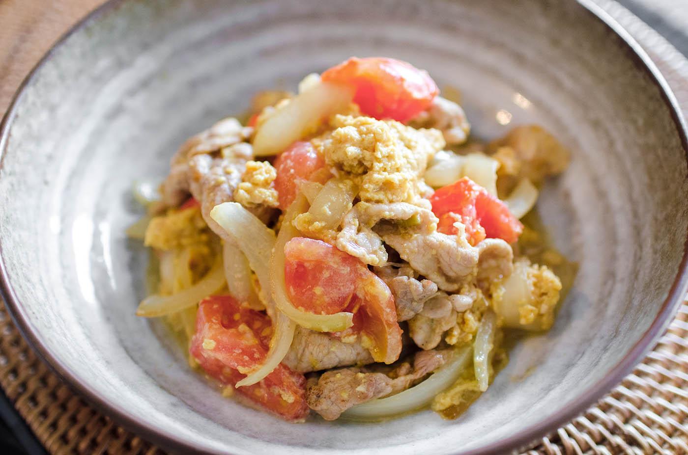肉体的疲労を回復する夕食 トマトと豚肉の玉子炒め