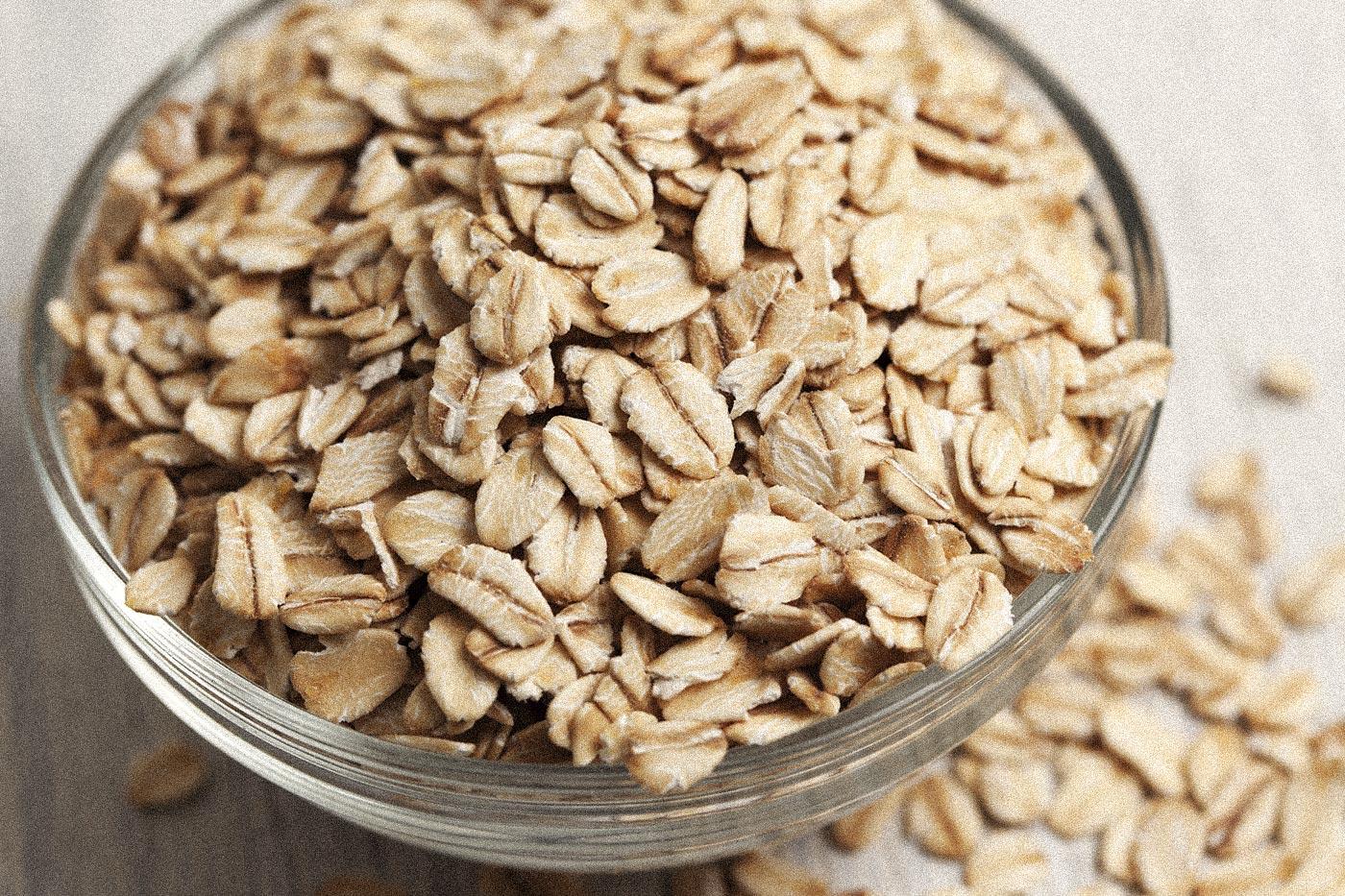 オートミールは、食物繊維たっぷりで、便秘やポッコリお腹対策が手軽にできます