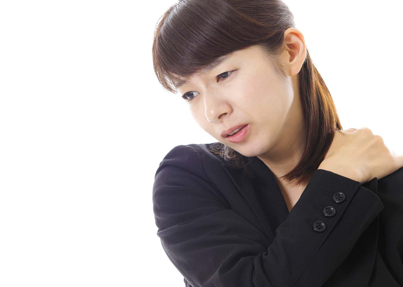 老化を促進するNG習慣1:肩こりを放置する