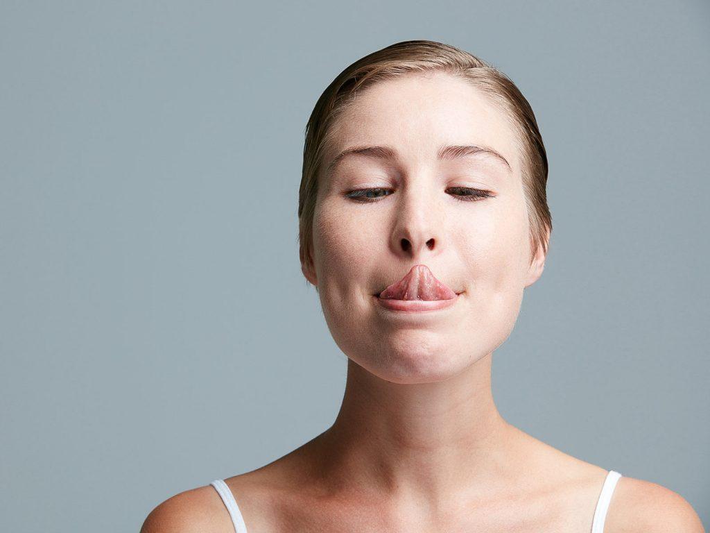 いびきで悩んでいるあなた、たった3分の「舌ヨガ」を試して!