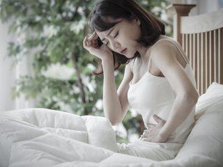 食後の胃腸の不快感…理由と対策を解説
